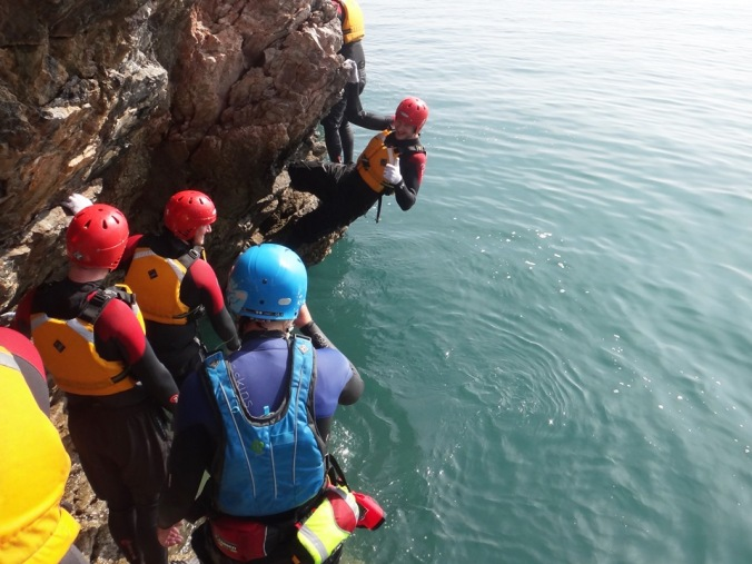 Coasteering - Rock Traversing