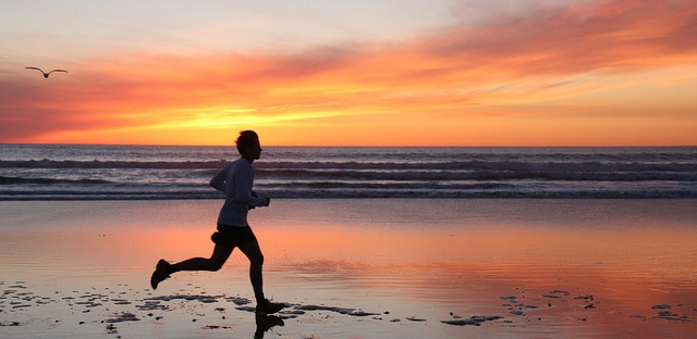 Running-beach-sunset-marathon