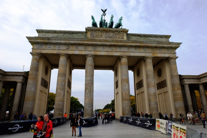 Der Brandenburger Tor the day before the Berlin Marathon